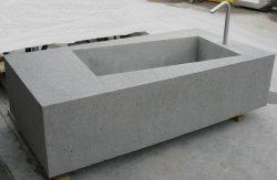 Betonbrunnen-schraeg-neu