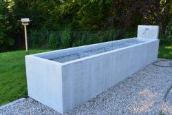 Brunnen aus Beton