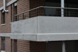 Balkon-Aus-Beton