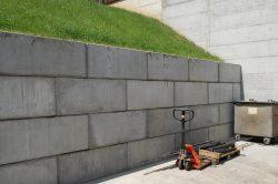 Noppen-Beton-Block-Zufahrt